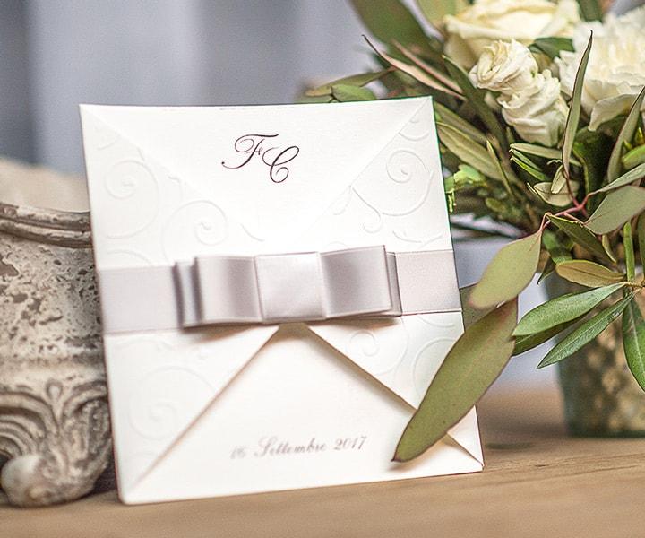 Partecipazioni di matrimonio con fiocco in raso